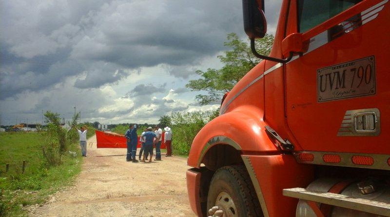 San Luis de Palenque  protesta por necesidades basicas insatisfechas.