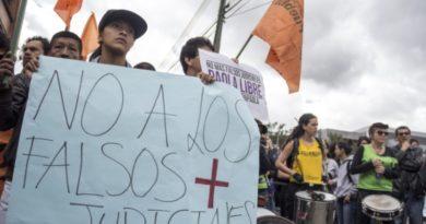 """Organizaciones sociales señalan como """"falso positivo judicial"""" captura masiva en Valle y Nariño"""
