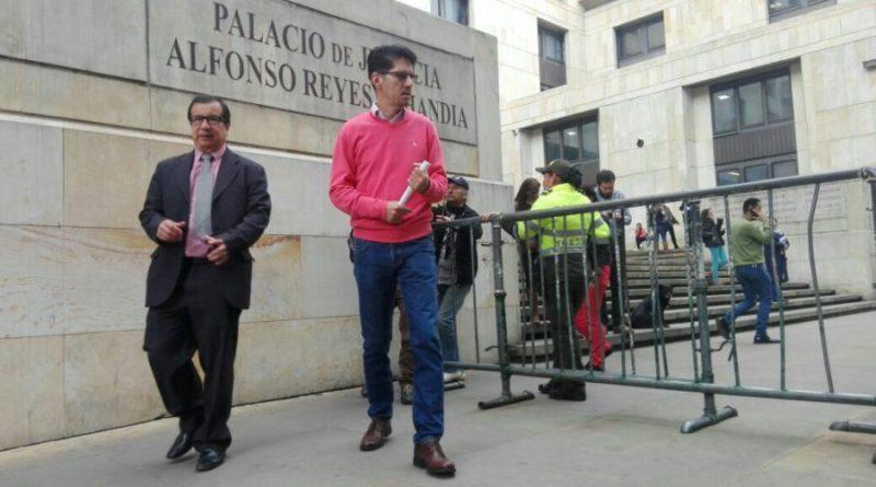 Senador Alberto Castilla se presenta ante la Corte Suprema de Justicia